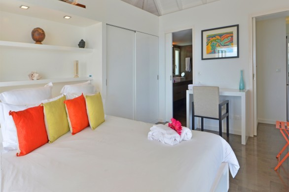 St. Barts:Alphane_VillaAlphabedroom1.JPG