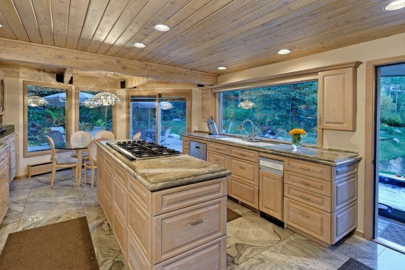 USA:Colorado:Aspen:SnowmassSlopeside_TheSlopes:kitchen.jpg