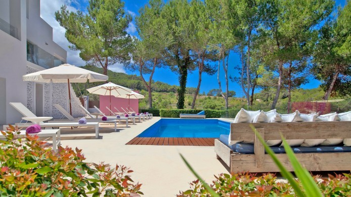 Spain:Ibiza:VillaFabric_VillaFranca:pool5.jpg