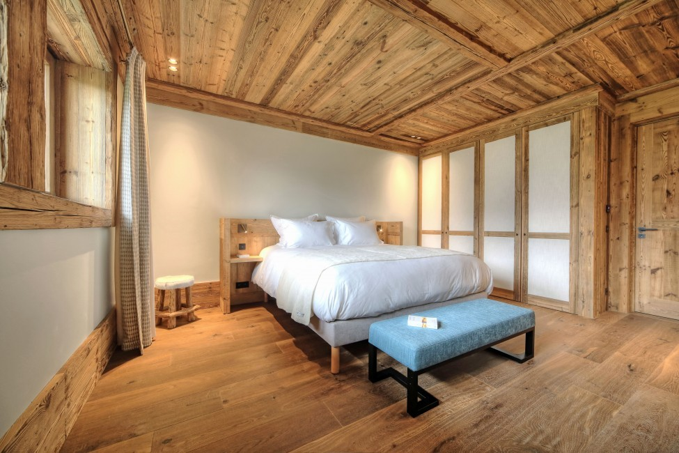 France:Megeve:ChaletHirvi_Hervebedroom-104.jpg