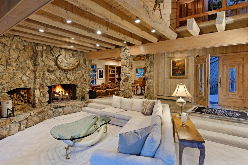 USA:Colorado:Aspen:SnowmassSlopeside_TheSlopes:livingroom.jpg