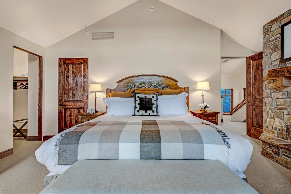 USA:Colorado:Aspen:Timber'sTownhome_Hilltop:bedroom023.jpg