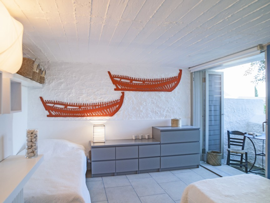 Greece:Peloponnese:Spetses:VillaSirena_VillaSerena:bedroom67.jpg