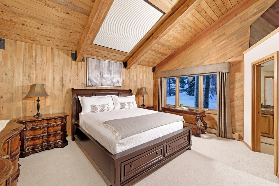 USA:Colorado:Aspen:SnowmassSlopeside_TheSlopes:bedroom2.jpg