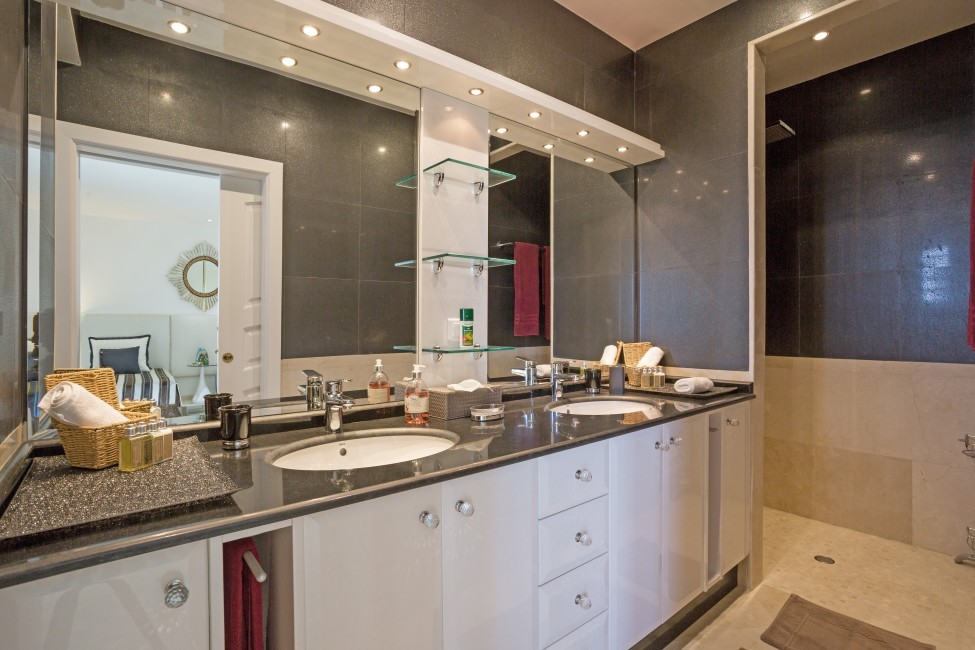 St. Barths:GoodNews_VillaGabbie:bathroom04.jpg