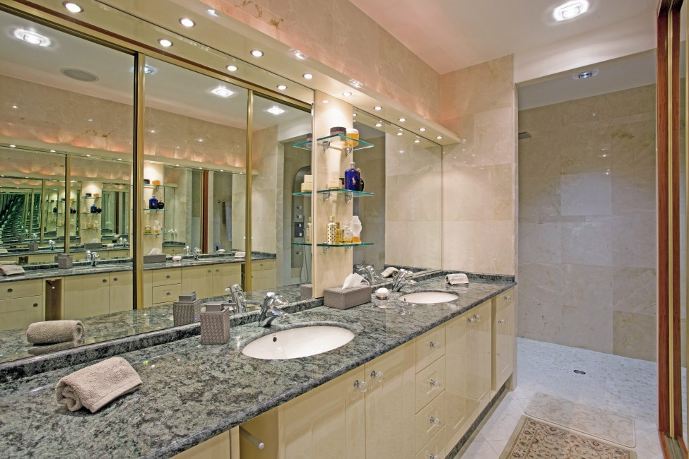 St. Barths:GoodNews_VillaGabbie:bathroom01.jpg