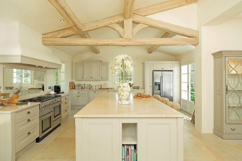 France:St. Tropez:VillaChenelle_VillaChantal:kitchen1.jpg