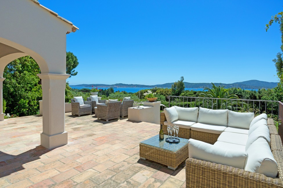 France:St. Tropez:VillaChenelle_VillaChantal:terrace98.jpg