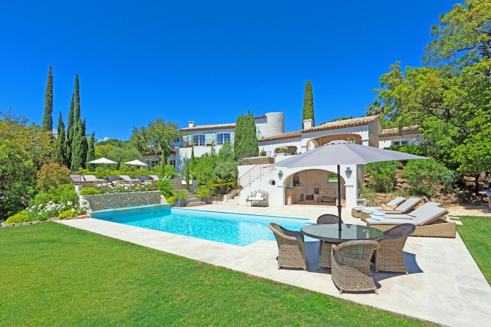 France:St. Tropez:VillaChenelle_VillaChantal:pool21^7.jpg