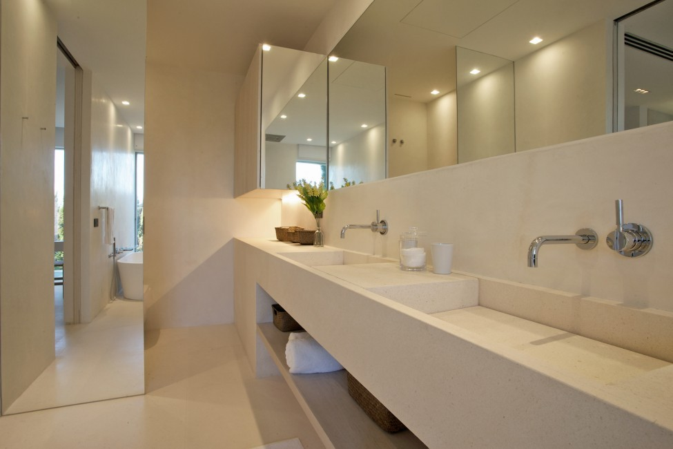 Spain:Ibiza:CalaContaDream_VillaClarinda:bathroom68.jpg