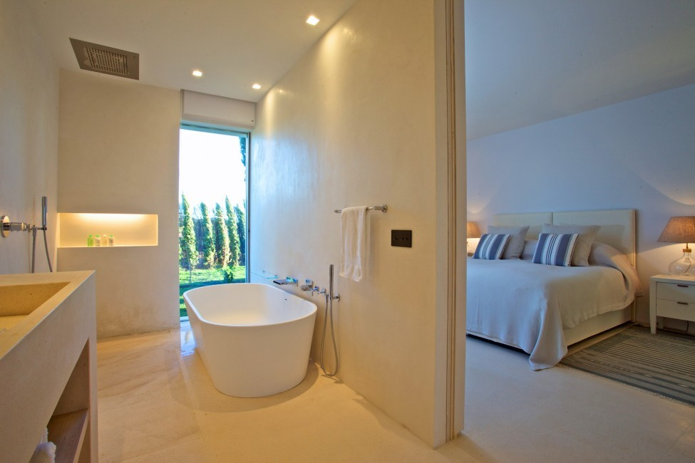 Spain:Ibiza:CalaContaDream_VillaClarinda:bathroom6.jpg