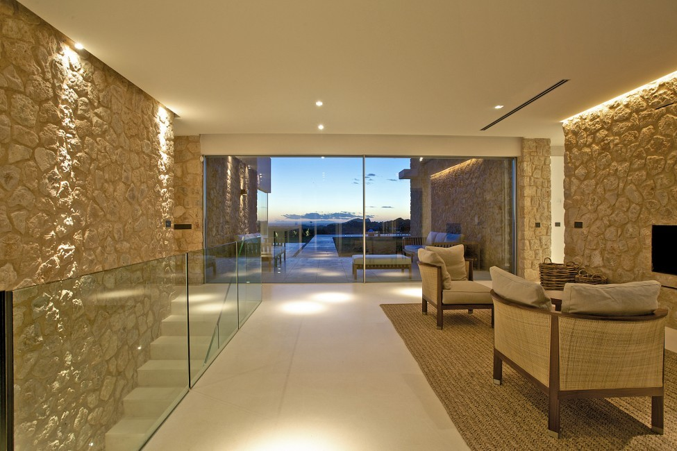 Spain:Ibiza:CalaContaDream_VillaClarinda:interior345.jpg