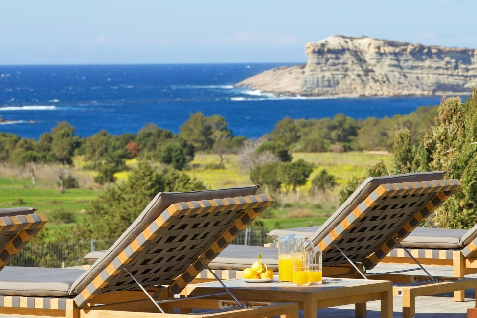 Spain:Ibiza:CalaContaDream_VillaClarinda:terrace132.jpg