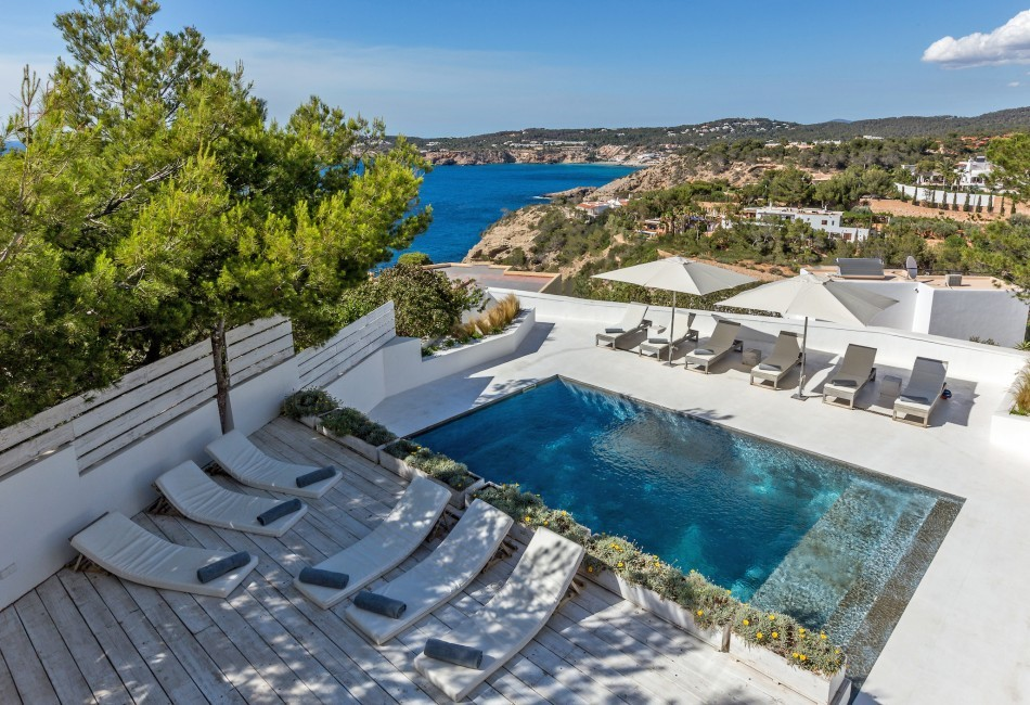 Spain:Ibiza:CanCalaMoli_VillaMagali:pool46.jpg
