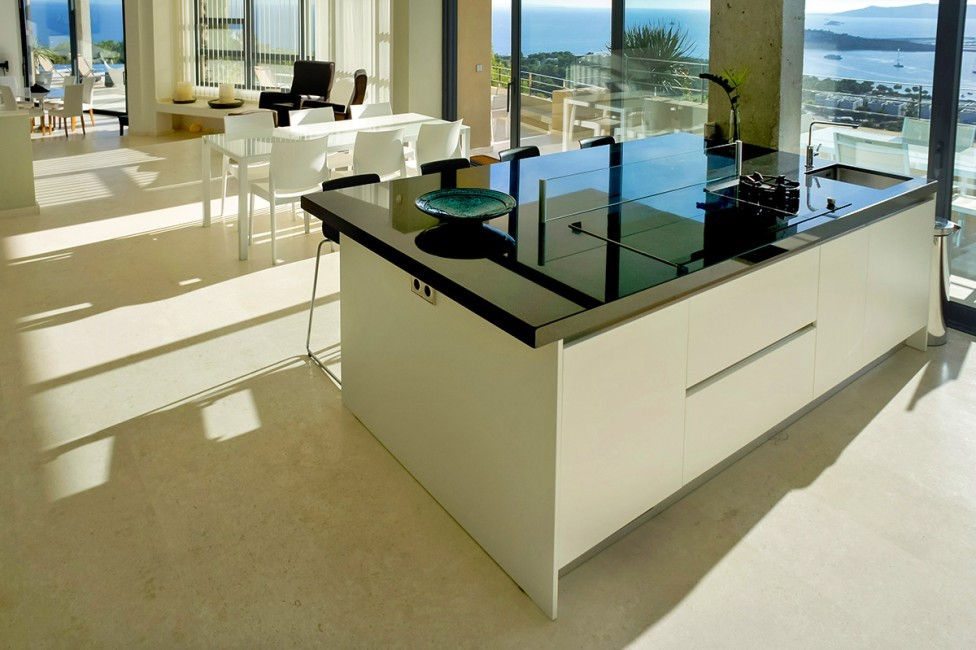 Spain:Ibiza:CasaPiro_VillaPia:kitchen14.jpg