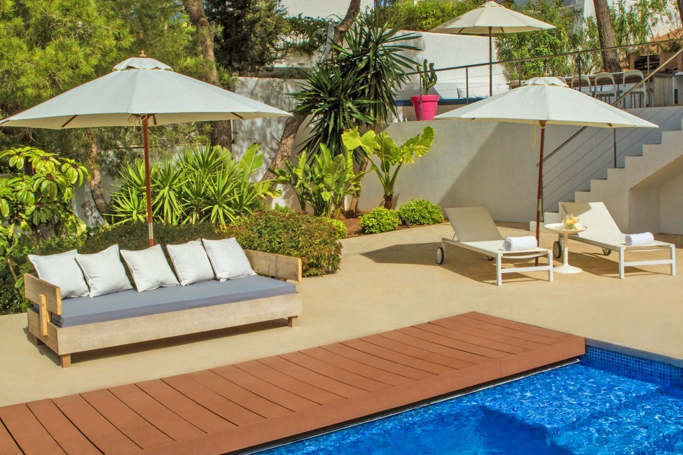 Spain:Ibiza:VillaFabric_VillaFranca:pool17.jpg