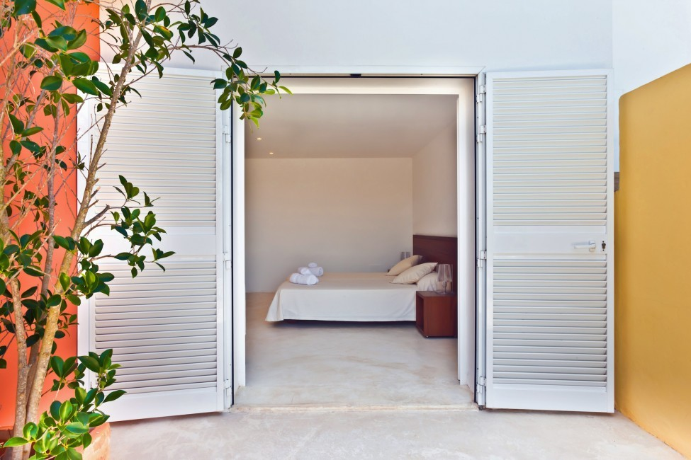 Spain:Ibiza:PepCalo_VillaChello:bedroom39.jpg