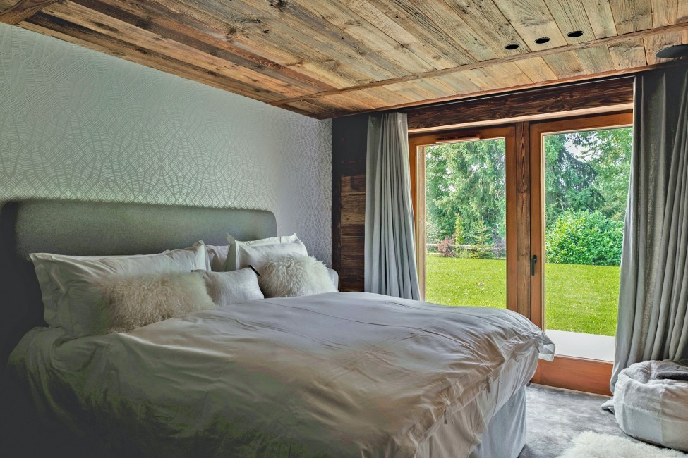 France:Megeve:ChaletNoma_ChaletNellie:bedroom79.jpg