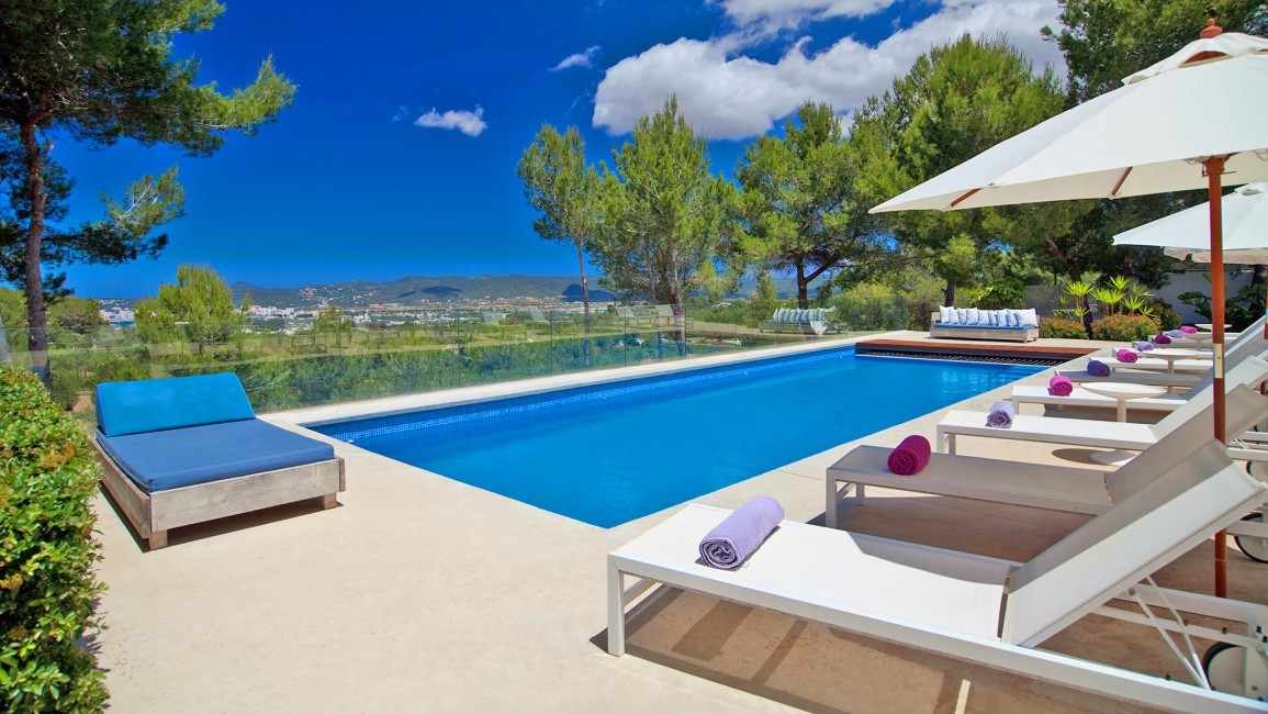 Spain:Ibiza:VillaFabric_VillaFranca:pool4.jpg