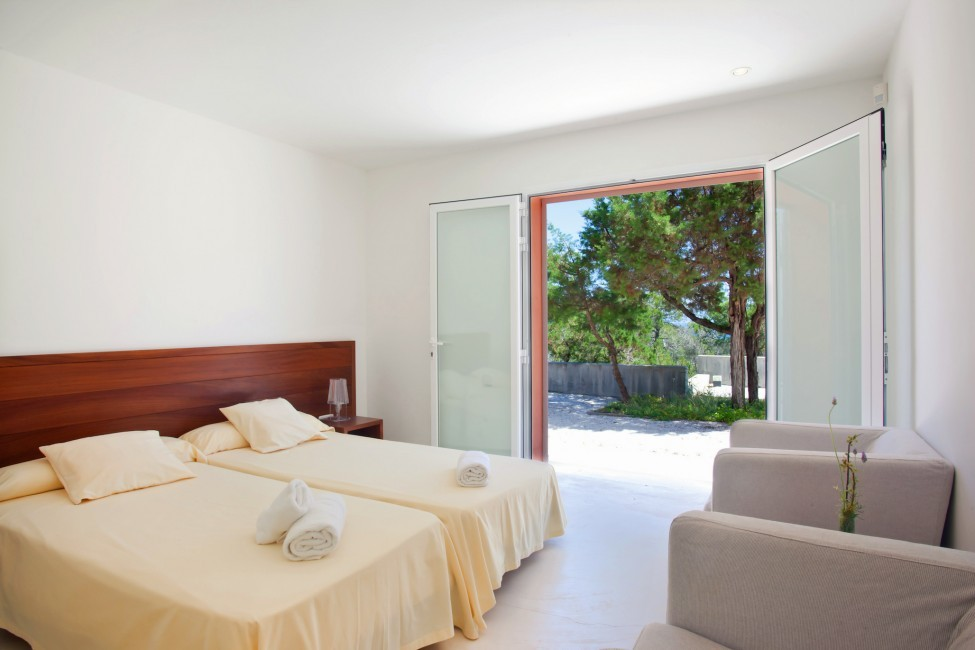 Spain:Ibiza:PepCalo_VillaChello:bedroom42.jpg