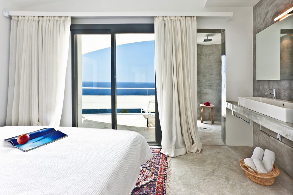 Spain:Ibiza:SanJose:VistaEsTorrent_VillaEnzo:bedroom1.jpg