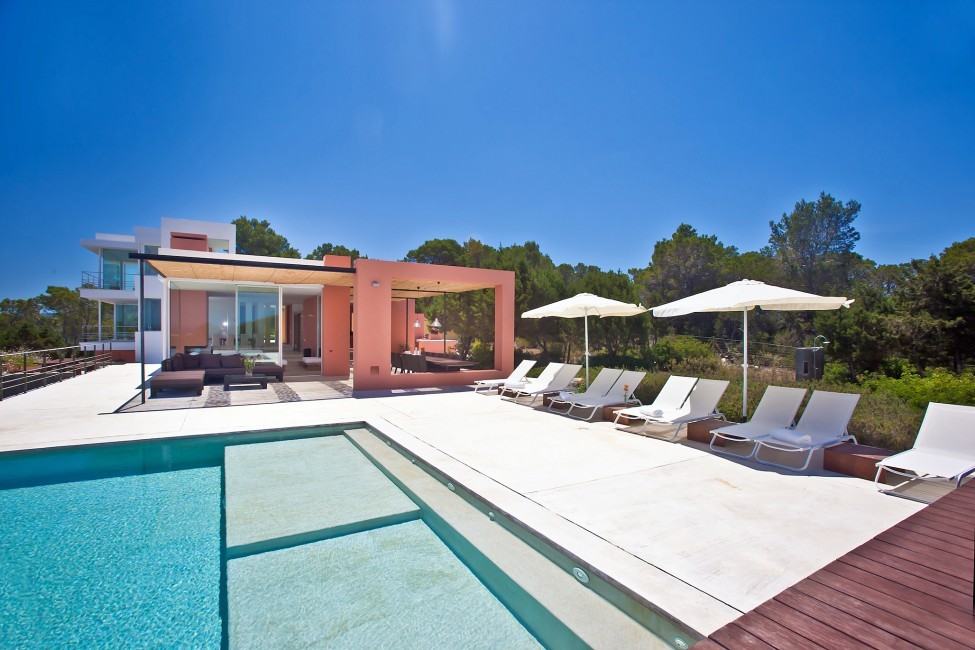 Spain:Ibiza:PepCalo_VillaChello:pool49.jpg