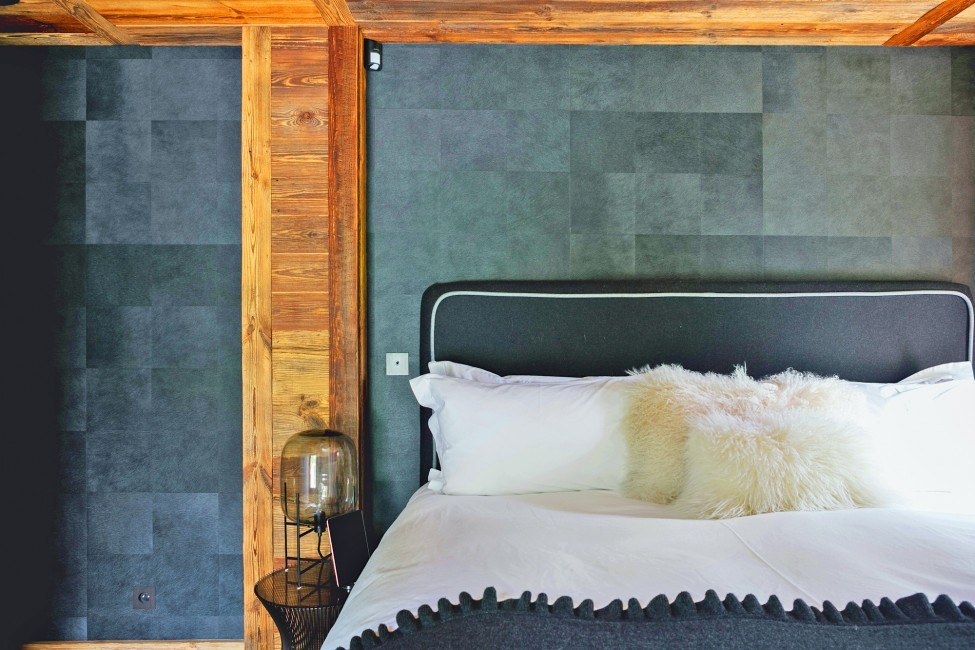 France:Megeve:ChaletNoma_ChaletNellie:bedroom908.jpg