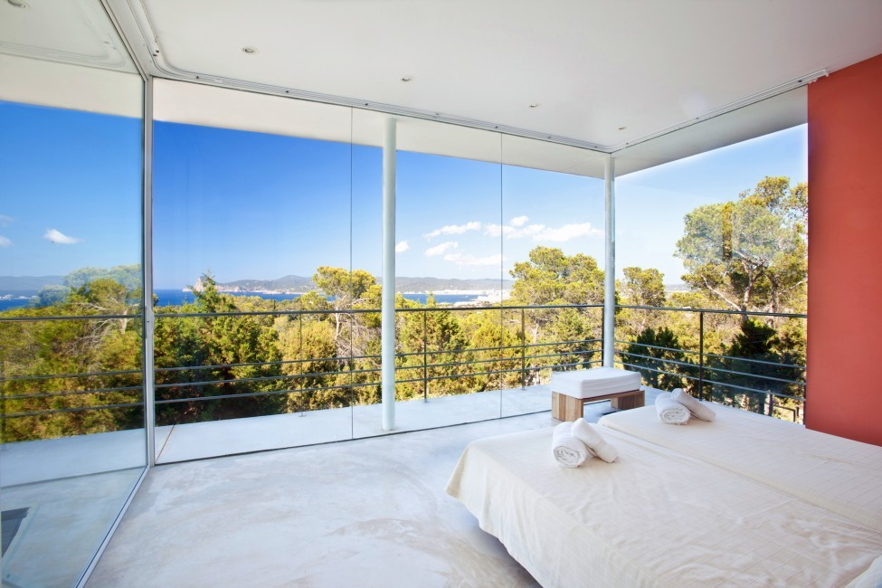 Spain:Ibiza:PepCalo_VillaChello:bedroom15.jpg