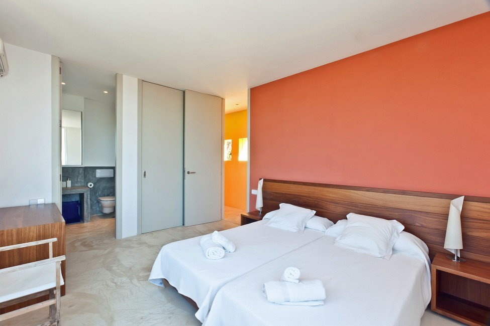 Spain:Ibiza:PepCalo_VillaChello:bedroom13.jpg