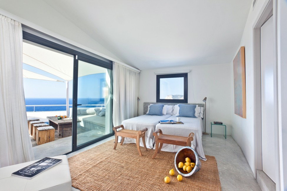 Spain:Ibiza:SanJose:VistaEsTorrent_VillaEnzo:bedroom17.jpg