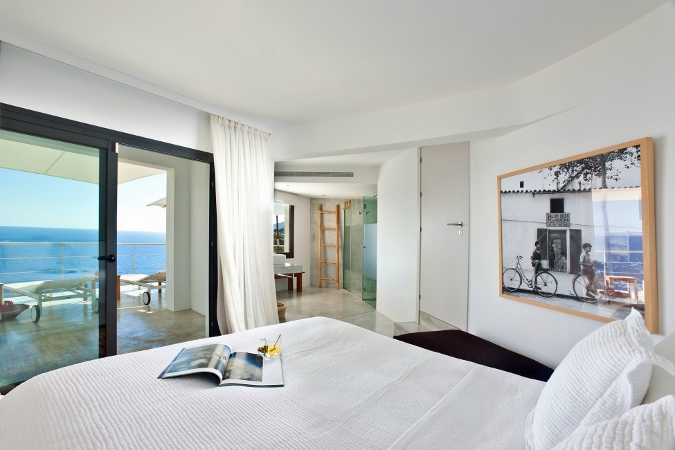 Spain:Ibiza:SanJose:VistaEsTorrent_VillaEnzo:bedroom10.jpg