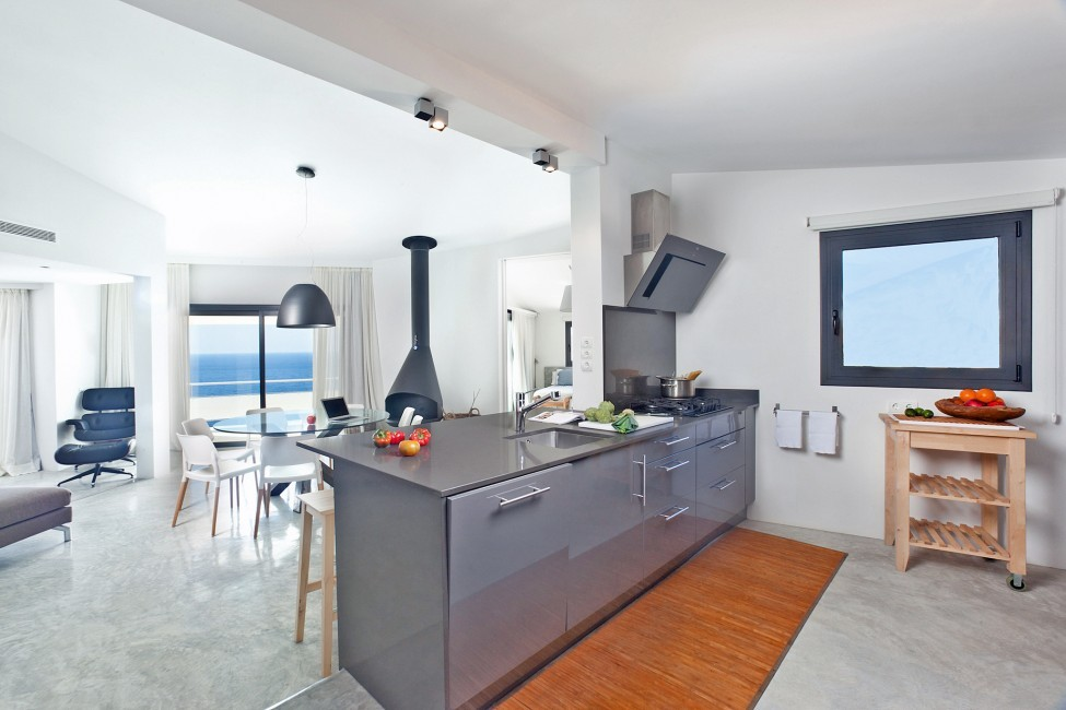 Spain:Ibiza:SanJose:VistaEsTorrent_VillaEnzo:kitchen34.jpg