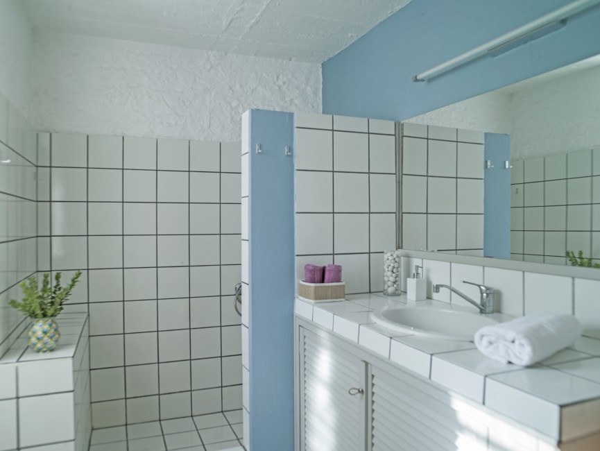 Bathroom-First floor.jpg